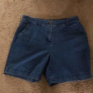 "Very Nice ""Kim Rogers"" Denim Blue Jean Shorts"